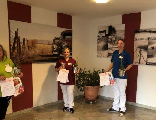 """Herzlichen Dank für die gute Arbeit in der Peter Janssen Seniorenresidenz """"Weberhof"""" in Zetel zum Wohl unserer Bewohner"""